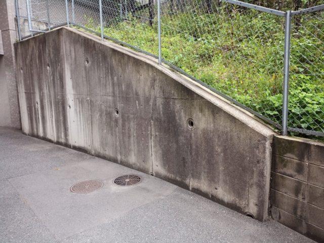 擁壁のかぶり厚